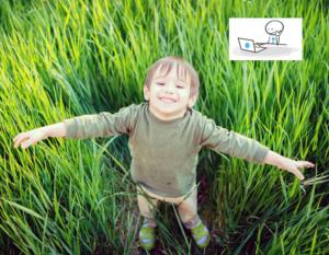 Enfant souriant dans l'hebre